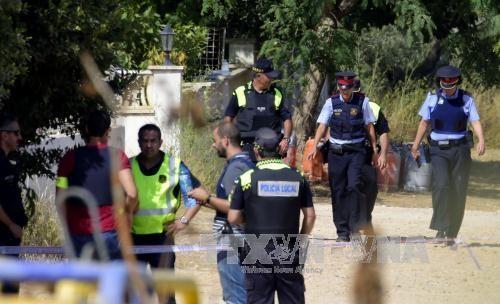 Barcelone: un imam recherché et 100 bonbonnes de butane trouvées - ảnh 1