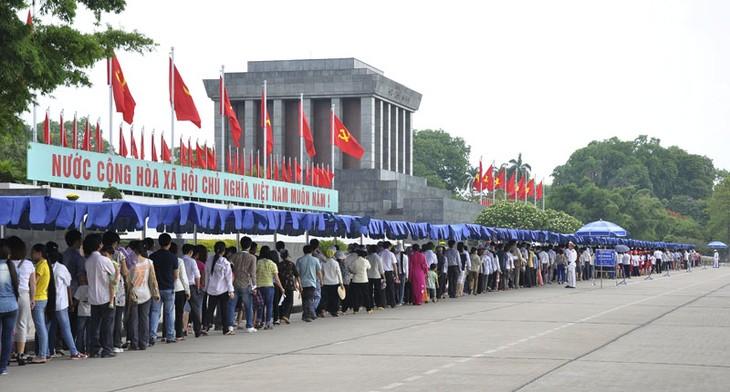 Le 2 septembre: le jour où l'on rend hommage au président Ho Chi Minh - ảnh 3