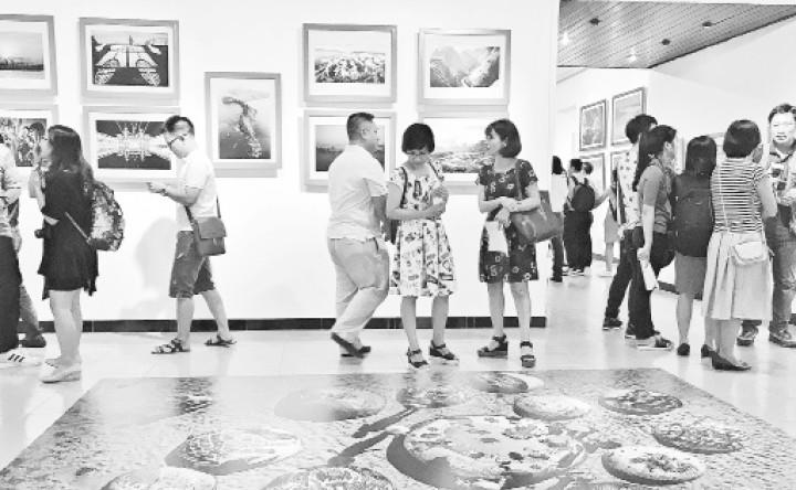 La photographie vietnamienne a de beaux jours devant elle - ảnh 1