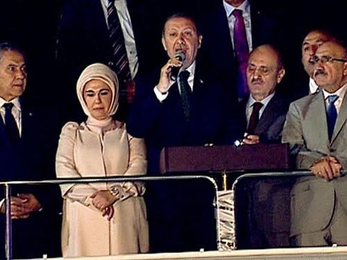 การชุมนุมประท้วงลุกลามไปทั่วประเทศตุรกี - ảnh 1