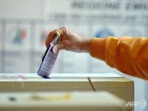 การเลือกตั้งนายกเทศมนตรีและสมาชิกสภาเทศบาลนครของอิตาลีรอบที่ 2  - ảnh 1