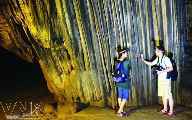 จังหวัด กว๋างบิ่ง(Quảng Bình) - จุดนัดพบของนักท่องเที่ยวในภาคกลางเวียดนาม - ảnh 5