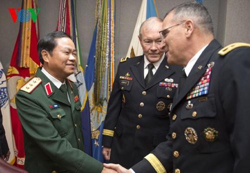 กระชับความสัมพันธ์ด้านการป้องกันประเทศระหว่างเวียดนามกับสหรัฐ - ảnh 1