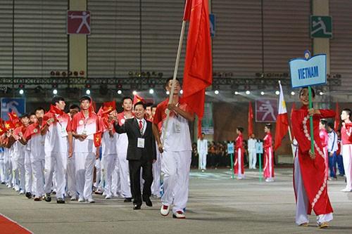 เปิดงานมหกรรมกีฬานักเรียนเอเชียตะวันออกเฉียงใต้ ครั้งที่ 5 - ảnh 1