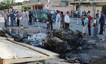 มีผู้เสียชีวิตและได้รับบาดเจ็บกว่า 80 คนจากเหตุระเบิดหลายครั้งในประเทศอิรัก - ảnh 1
