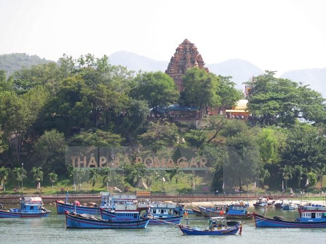 กรมประชาสัมพันธ์ไทยถ่ายทำภาพยนตร์สารคดีในเมืองญาจาง - ảnh 1