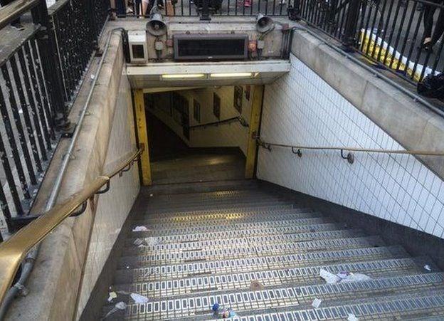 อังกฤษได้รับความเสียหายอย่างหนักเนื่องจากการนัดหยุดงานของคนขับรถไฟใต้ดิน - ảnh 1