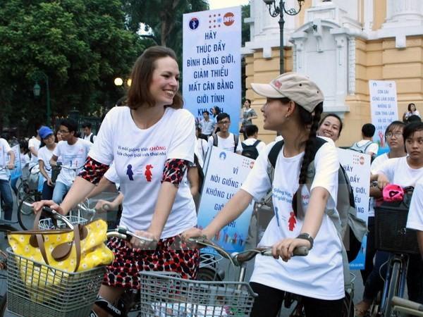 เวียดนามเข้าร่วมการสนทนาเกี่ยวกับการปฏิบัติอนุสัญญา CEDAW - ảnh 1