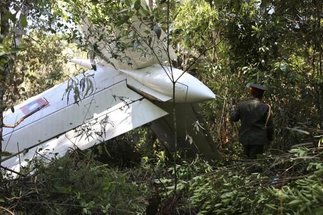 ลาวพบเครื่องบินทหารที่ประสบอุบัติเหตุตก - ảnh 1