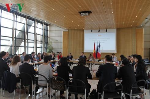 การสนทนาระดับสูงด้านเศรษฐกิจระหว่างเวียดนามกับฝรั่งเศส - ảnh 1