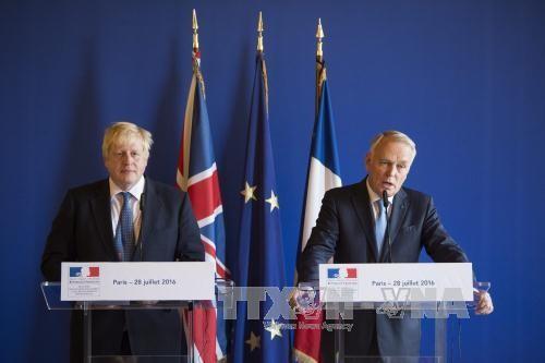 ฝรั่งเศสและอังกฤษเรียกร้องให้รัฐบาลซีเรียและกองกำลังพันธมิตรยุติการโจมตีเมือง Aleppo - ảnh 1
