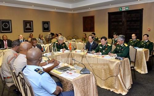 การสนทนานโยายกลาโหมเวียดนาม-แอฟริกาใต้ครั้งที่ 2 - ảnh 1
