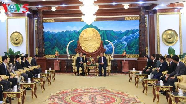 ประธานประเทศลาวชื่นชมประสิทธิผลของความร่วมมือระหว่างสำนักประธานประเทศของเวียดนาม-ลาว - ảnh 1