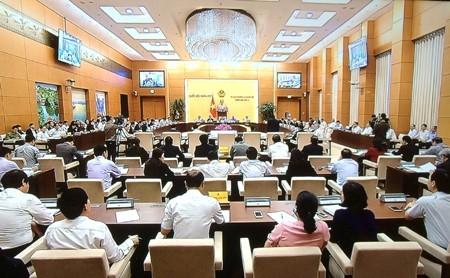 การบริหารจัดการข้อมูลข่าวสารให้สอดคล้องกับกฎหมายของเวียดนามและหลักปฏิบัติสากล - ảnh 1