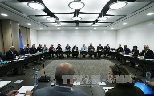การเจรจาสันติภาพเกี่ยวกับปัญหาของซีเรียย่างเข้าสู่ระยะการจัดทำร่างรัฐธรรมนูญฉบับใหม่ - ảnh 1