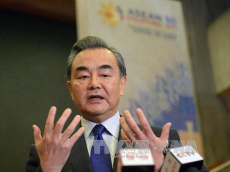 จีนและรัสเซียให้คำมั่นที่จะธำรงการติดต่อสื่อสารเกี่ยวกับปัญหาบนคาบสมุทรเกาหลี - ảnh 1