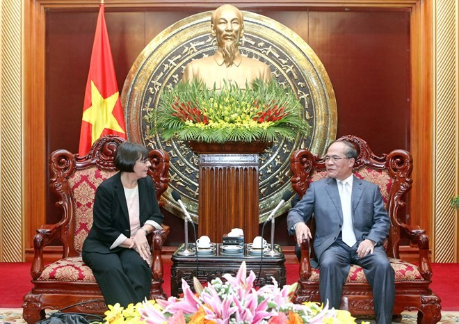 National Assembly Chairman receives Vice President of the Italian Parliament - ảnh 1