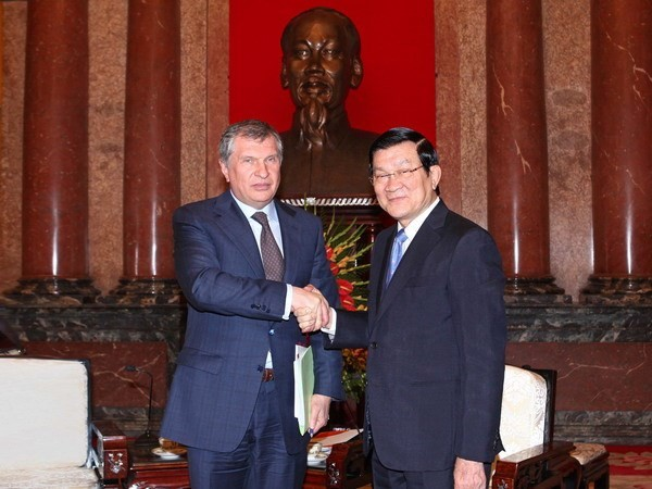 President Truong Tan Sang receives Rosneft CEO - ảnh 1