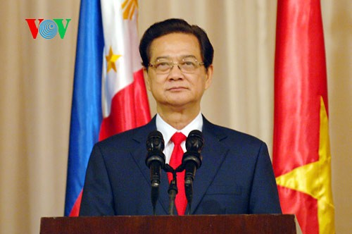Prime Minister vows to resolutely defend national sovereignty - ảnh 1