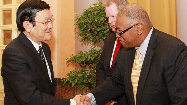 President Truong Tan Sang receives US ExxonMobil representatives - ảnh 1