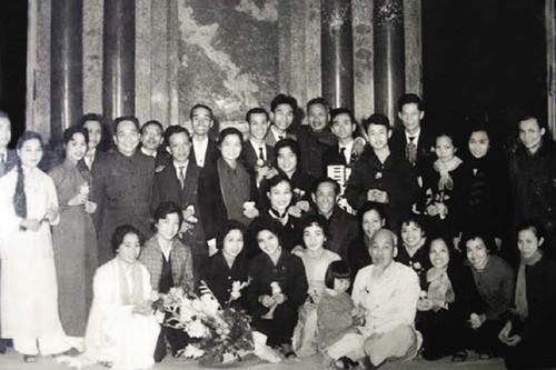 President Ho Chi Minh and Voice of Vietnam Radio - ảnh 1