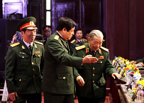 Meeting to mark 70th anniversary of Vietnam People's Army - ảnh 2