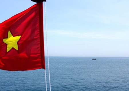 Vietnam, China discuss issues over waters off Tonkin Gulf - ảnh 1