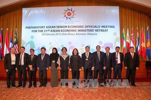 Promoting stronger regional economic cooperation  - ảnh 1