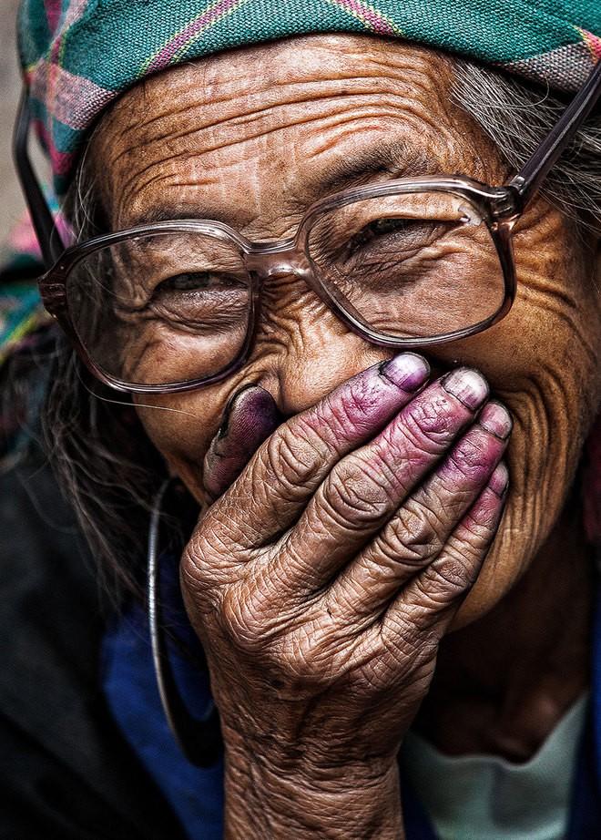 Vietnamese smile in int'l media spotlight  - ảnh 5