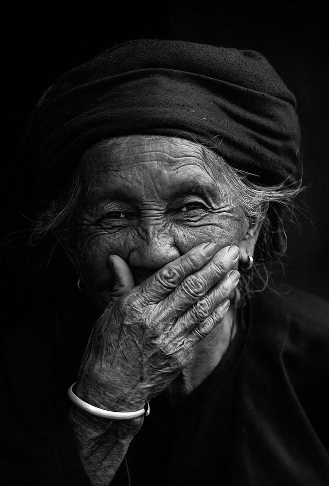 Vietnamese smile in int'l media spotlight  - ảnh 7