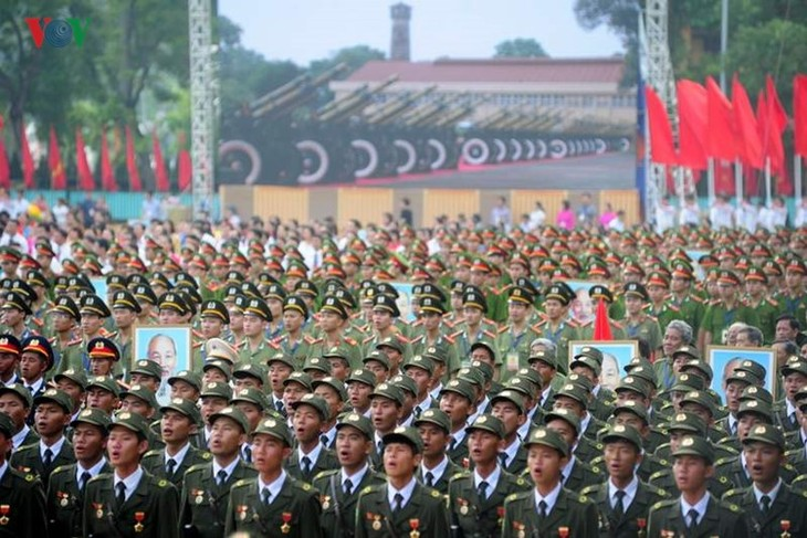 Scenes from majestic National Day parade - ảnh 2