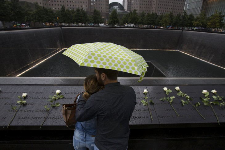 US commemorates 14th anniversary of September 11 attacks - ảnh 1
