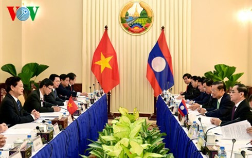 Vietnam, Laos continue to consolidate their special friendship unity - ảnh 2