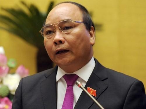 Deputy PM Nguyen Xuan Phuc meets Chinese Vice-Premier Zhang Gaoli  - ảnh 1