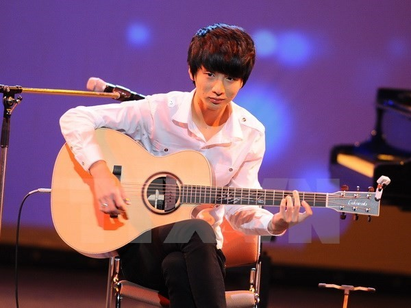 Korean guitar prodigy to perform in Vietnam - ảnh 1