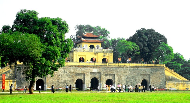Promoting tourist attractions in Hanoi - ảnh 1