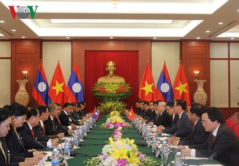 Vietnam, Laos boost comprehensive cooperation   - ảnh 2