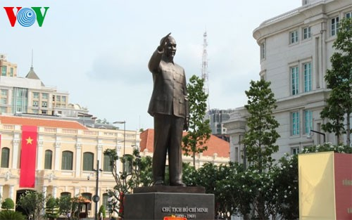 Promoting the study of President Ho Chi Minh's thoughts, morals, and style  - ảnh 1