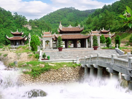 Kiep Bac temple commemorates General Tran Hung Dao's victories over foreign invaders - ảnh 3