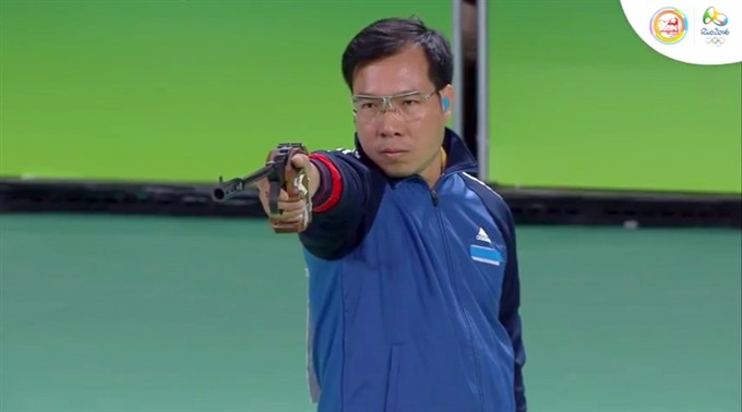 Vinh grabs silver at men's 50m pistol in Rio - ảnh 1