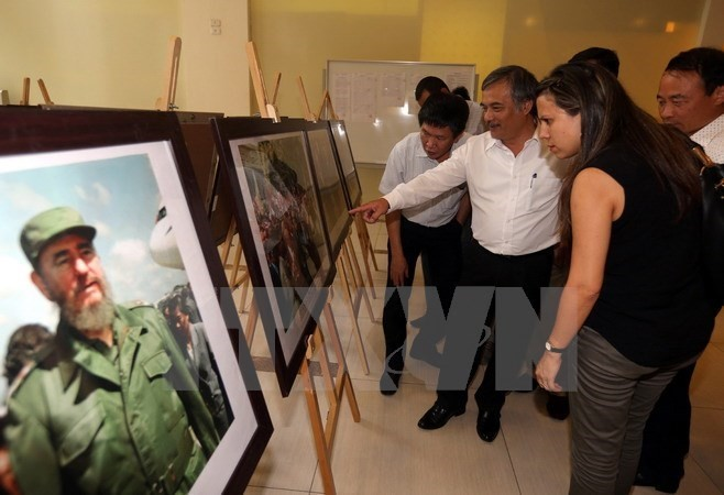 VNA launches Vietnam-Cuba photo exhibition  - ảnh 1