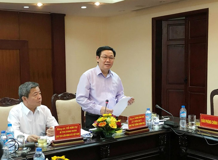 Deputy PM Vuong Dinh Hue suggests more incentive credits for cooperatives - ảnh 1