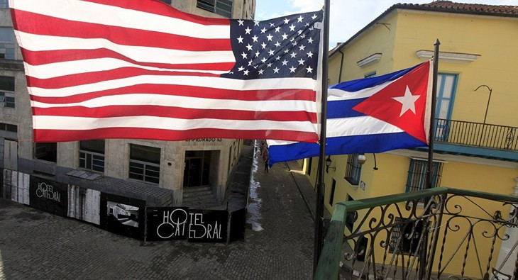 US Diplomats fly to Havana for human rights dialogue with Cuban officials - ảnh 1