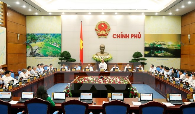 Government convenes regular meeting for October - ảnh 2