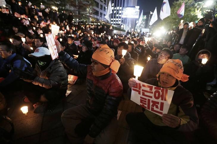 South Korea's political upheaval - ảnh 1