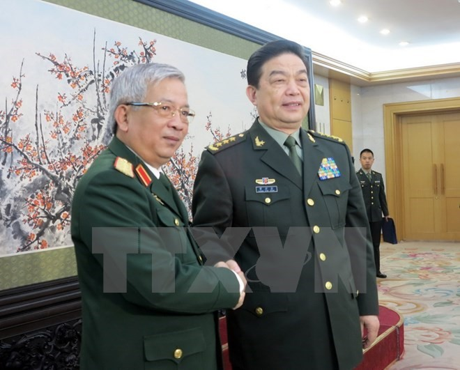 Vietnam, China beef up defence ties - ảnh 1