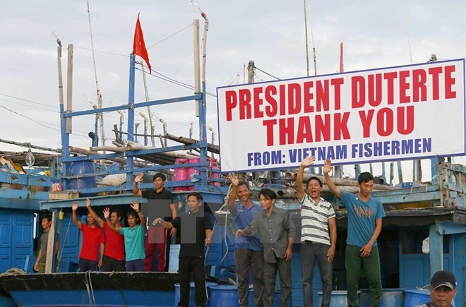 Vietnam praises the Philippines for humanitarian settlement of fisherman issue - ảnh 1