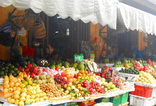 Discovering Hoi An food paradise market - ảnh 10