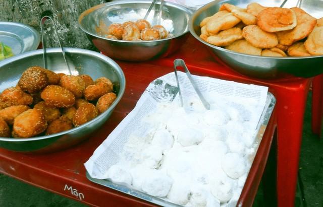 Discovering Hoi An food paradise market - ảnh 9