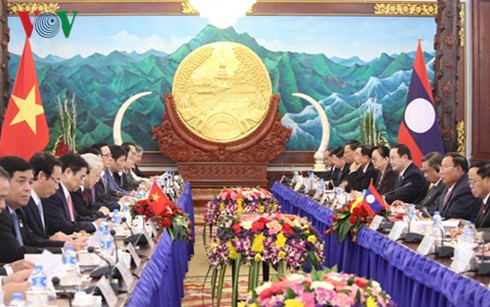 Vietnam, Laos pledge to strengthen bilateral ties - ảnh 2